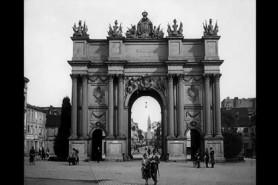 Potsdam-Brand-Tor-1926-fi