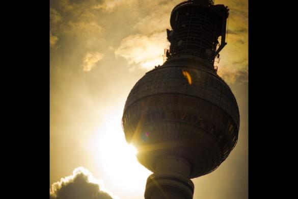Turm-am-Alexanderplatz-by-TH-fi