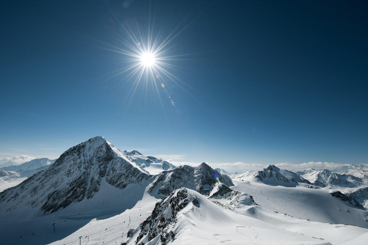 Stubaier-Gletscher_Andre-Schoenherr.-Panorama-Stubaier-Gletscher-web