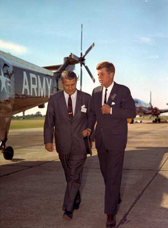 Kennedy_vonbraun_19may63_02-web