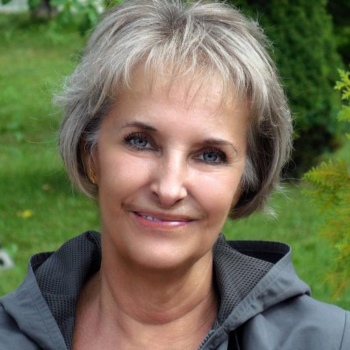 Елена Салина