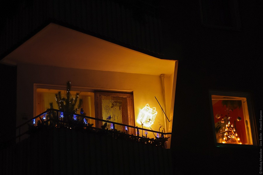 liveberlin-1852-xmas-balkonies