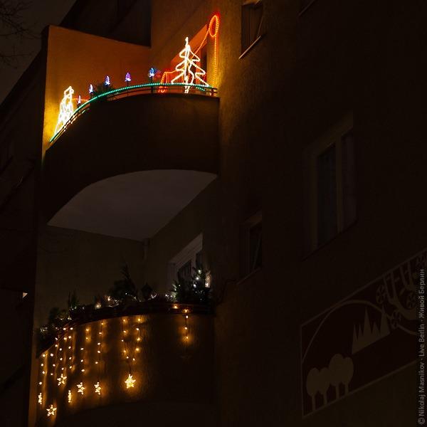 liveberlin-1874-xmas-balkonies