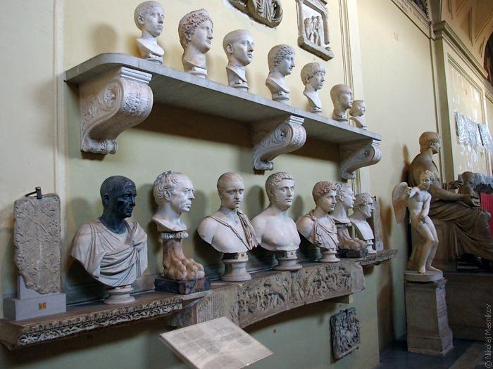 Древнегреческие бюсты вВатикане