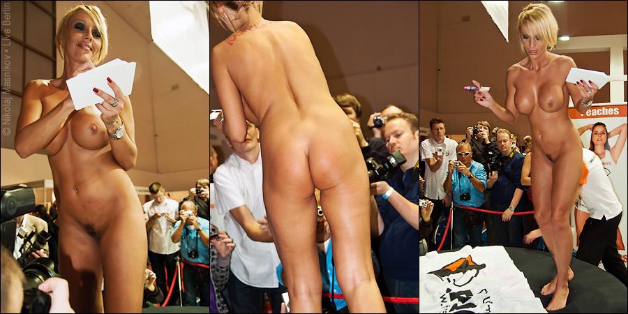 37. Совсем неэротическая выставка «Venus 2010», © LiveBerlin.ru